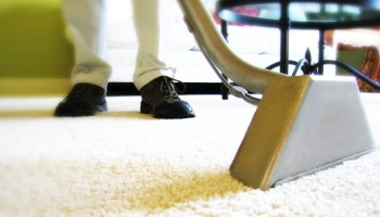 Carpet cleaning being performed in Narellan